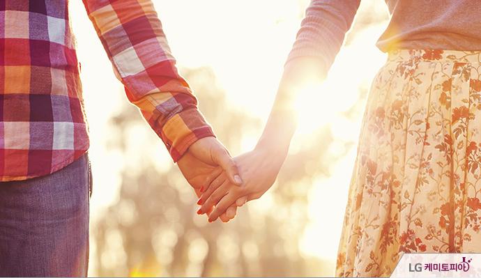 호르몬에 이끌려 가까워진 두 사람이 서로의 감정을 확인하고 사랑에 폭! 빠지는 단계!