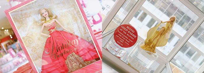 왼쪽 사진은 2014 홀리데이 바비 인형이 박스 안에 담겨 있는 모습으로, 빨간색 드레스가 인상적이다. 오른쪽 사진은 금색의 아이템으로 잔뜩 치장한 한정 바비로, 169.99달러라고 적혀 있다.