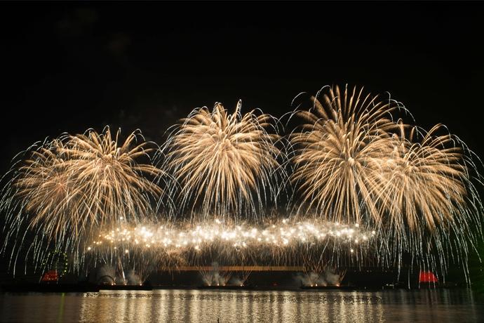 부산 불꽃축제의 전경