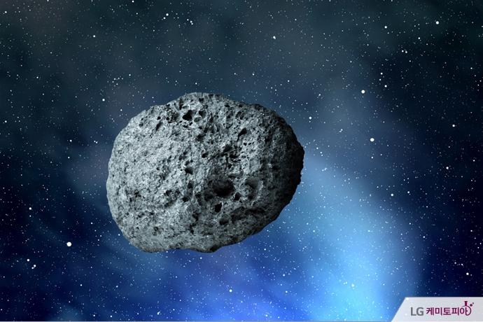 우주를 떠도는 혜성