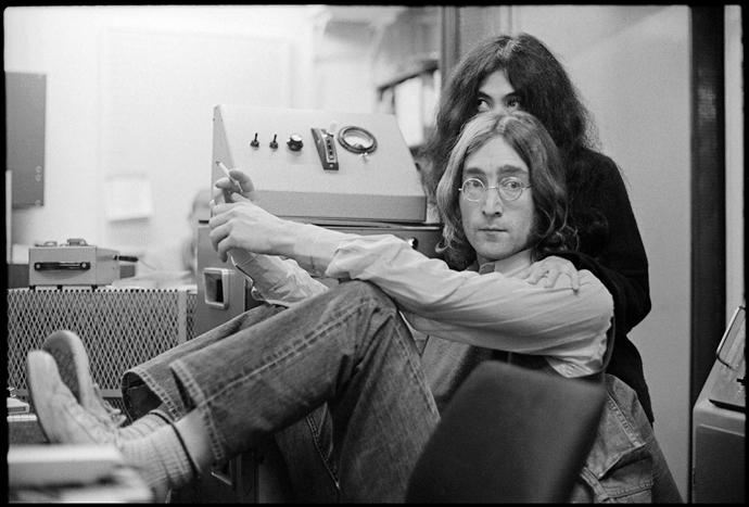 John and Yoko Ono at a Play-back, London © 1968 Paul McCartney / Photographer: Linda McCartney