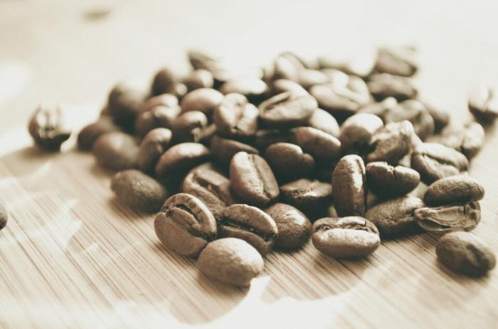 마싹 마른 커피 원두