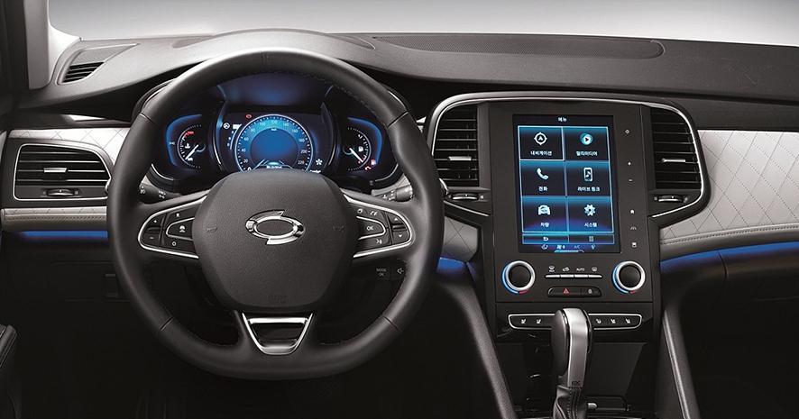 제목 없음이제는 자동차에도 디스플레이가 핵심적인 역할을 한다. (c) 르노삼성 SM6 홈페이지