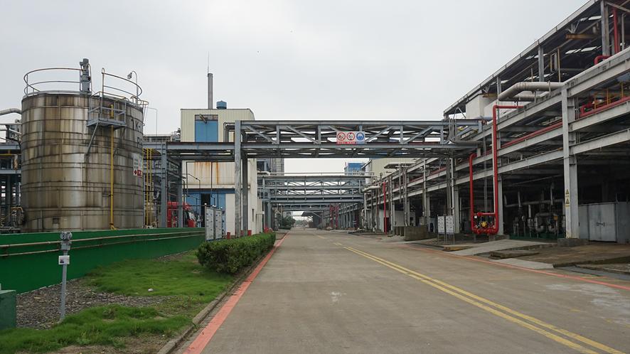 LG여수공장과 비슷한 풍경의 중국의 LG용싱 공장 전경