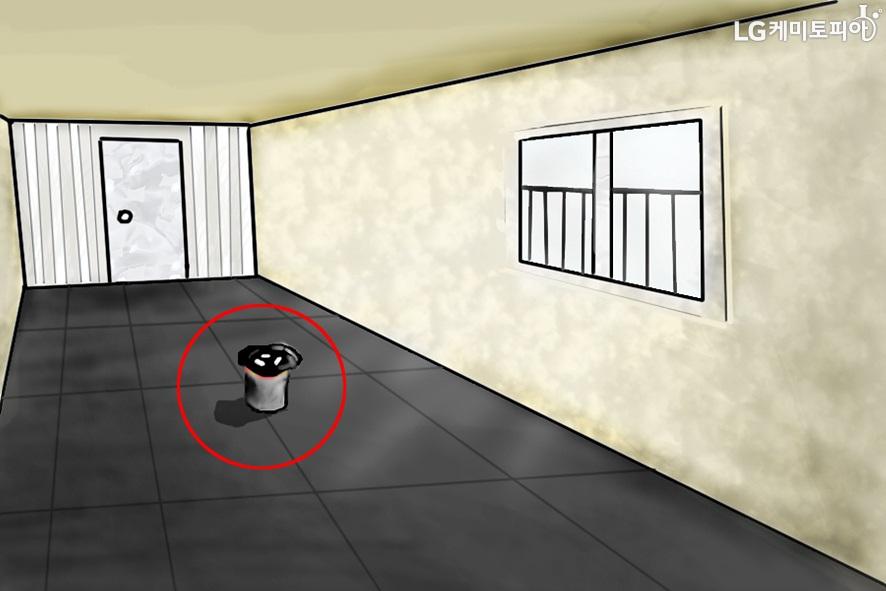화생발 훈련 공간 중앙에 놓인 활성탄 이미지