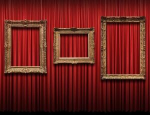 넌 극장에서 영화 보니? 난 예술 본다!