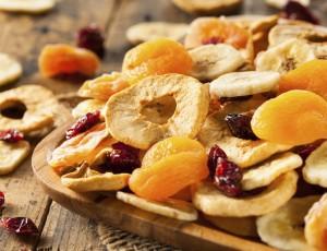 겨울철 비타민 비상? 마른 과일로 해결!