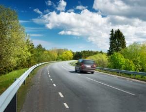 씽씽 달리기 좋은 도로, 시멘트 vs. 아스팔트
