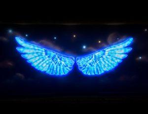 2017 서울빛초롱축제의 날개모양 장식물